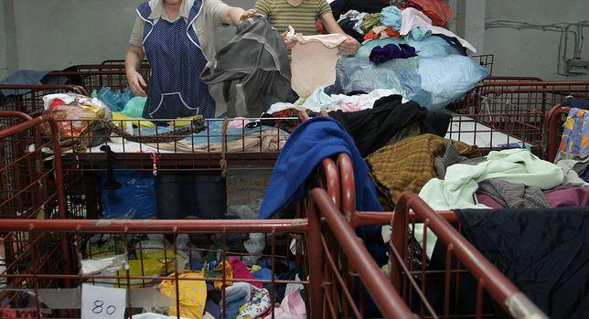 Zwłoki noworodka leżały w jednej z toreb z ubraniami