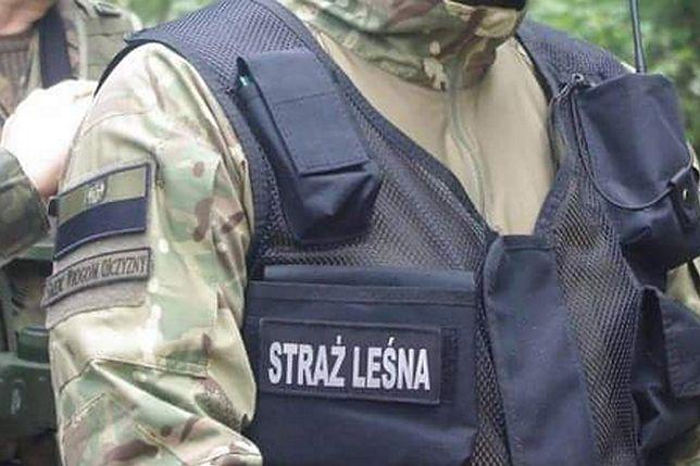 Naszywka na mundurze okazała się samowolą strażnika