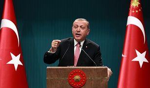 Erdogan grozi otwarciem granic do UE dla migrantów
