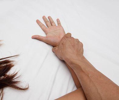 Francja - gwałt zbiorowy w Tuluzie. Świadkowie zdarzenia nie pomogli ofierze, woleli nagrywać sceny przemocy.