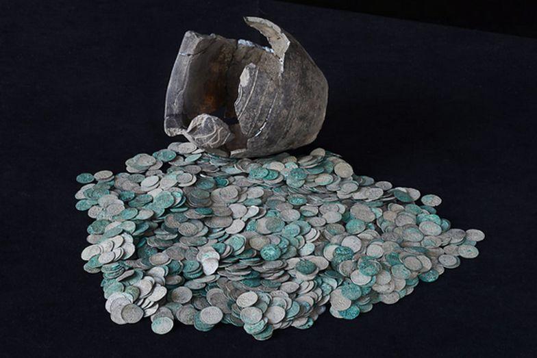 700-letni skarb trafił do Muzeum w Łodzi. Jest bezcenny