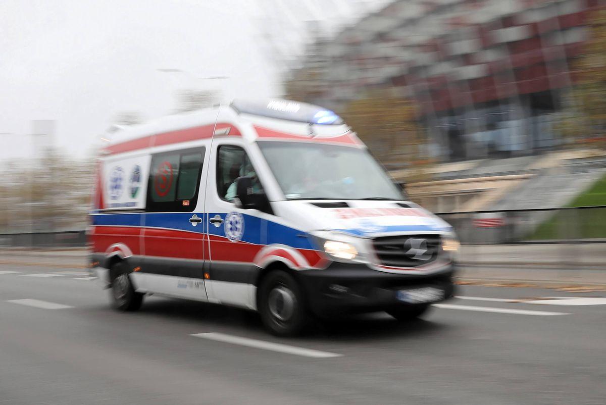 Warszawa. Piesz w ciężkim stanie trafiła do szpitala