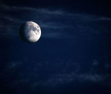 Niebieski Księżyc 31 października. Co to oznacza?