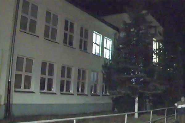 7-latka wypadła z okna w szkole w Zawierciu