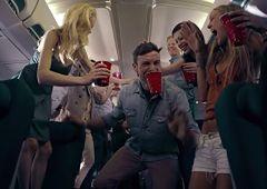 Awantury w samolocie - tak piją Polacy