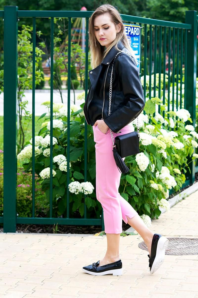 Pink pants black bottom