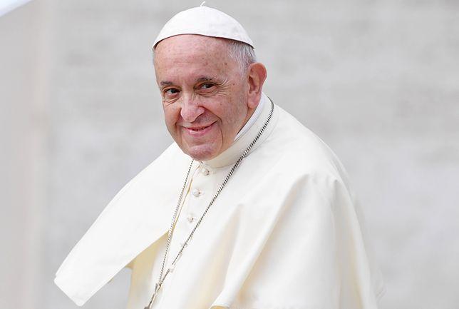 Franciszek sam aktywnie korzysta z Twittera