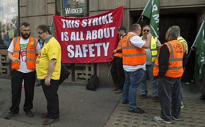 W Wielkiej Brytanii trwa najdłuższy strajk kolejowy od 1968 r.