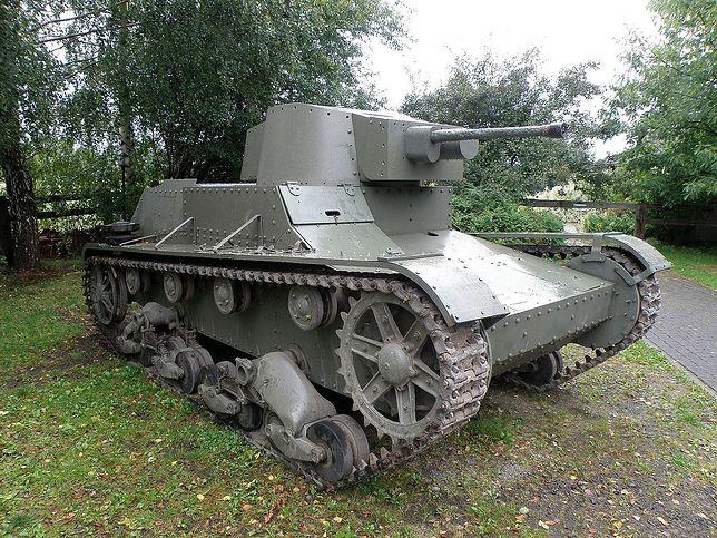 Zrekonstruowany czołg 7TP