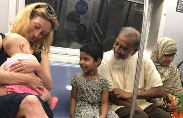 To zdjęcie przywraca wiarę w ludzi. Poruszająca sytuacja z podróży metrem