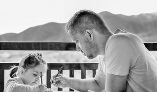Wyjątkowe życzenia na Dzień Ojca 2021. Spraw niespodziankę tacie