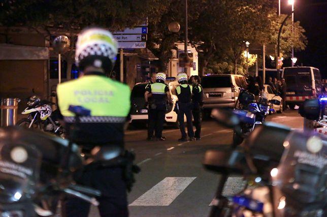 W nadmorskim kurorcie terroryści znowu wjechali furgonetką w grupę ludzi. Oba zamachy powiązane