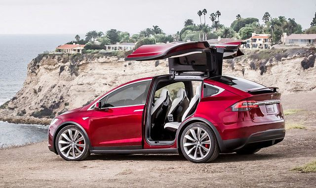 Tesla Model X ma problemy z jakością