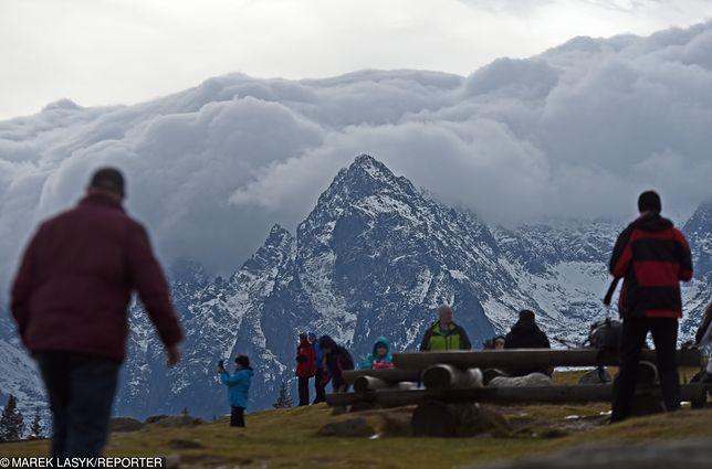 Pogoda. Prognoza długoterminowa na jesień i zimę. Za chwilę spadnie pierwszy śnieg w górach