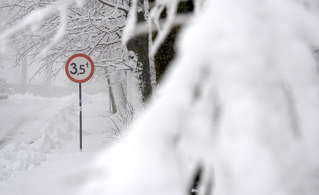 Intensywne opady śniegu w okolicach Kalwarii Pacławskiej