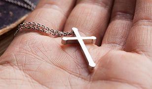 Młody Francuz skatowany za noszenie chrześcijańskiego symbolu religijnego. Sprawcy nieznani
