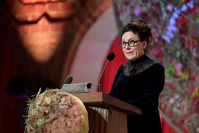 Olga Tokarczuk przemawia podczas bankietu po odebraniu literackiej Nagrody Nobla (zdj. arch.)