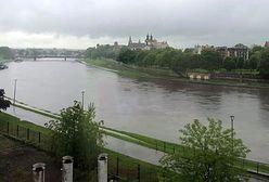Powódź na południu Polski? Podtopienia i ulewy w połowie kraju. Relacja na żywo