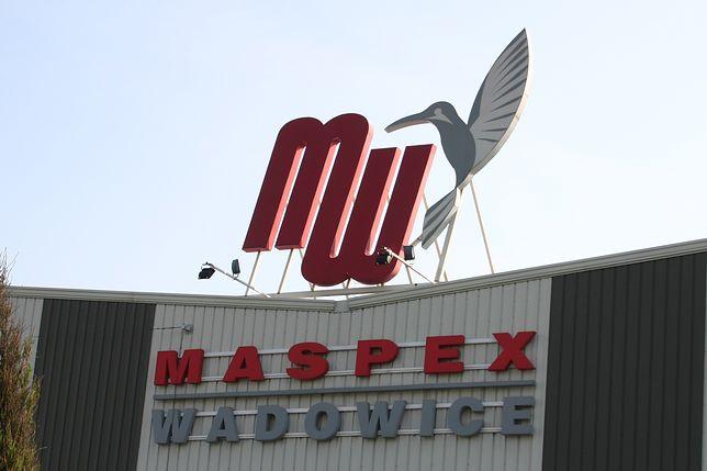 Maspex Wadowice posługuje się charakterystycznym logo składajacym się z pierwszych liter nazwy spółki