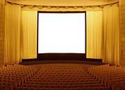 Coraz chętniej chodzimy do kina, ale małe kina upadają