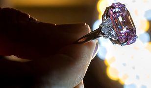 Najdroższy diament świata. Pink Legacy osiągnął astronomiczną sumę