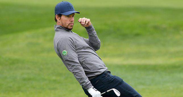 Mark Wahlberg lubi relaksować się przy golfie