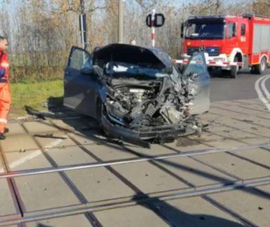 Brzeg. Do wypadku doszło na przejeździe kolejowym