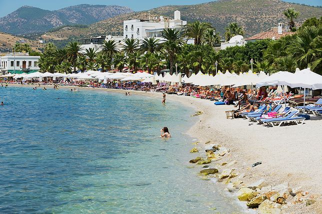 Piaszczyste plaże w Turcji ciągną się kilometrami