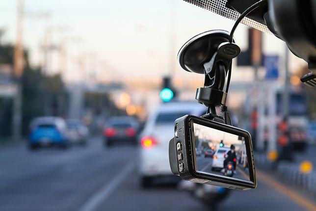 Rejestrator jazdy staje się coraz bardziej popularny