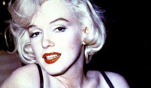 Czerwona szminka Marilyn Monroe urodowym trendem wszech czasów