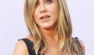 Jennifer Aniston nie wstydzi się swoich piersi
