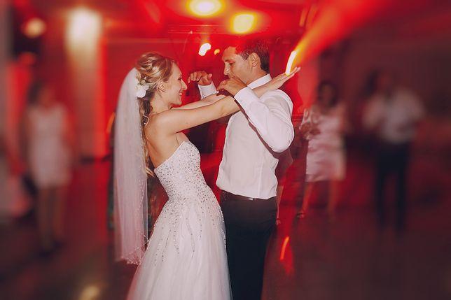 Ciągle zadręcza się tym, jak wyglądało jej wesele. Mówi, jakich błędów nie popełniać