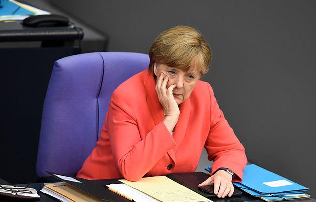Angela Merkel podczas rozmowy telefonicznej z premierem Turcji namawiała go, aby kontynuował proces pokojowy z Kurdami