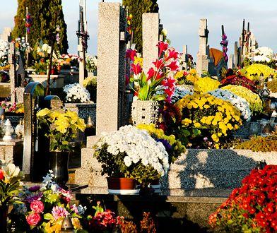 Cmentarze będą otwarte od 3 listopada