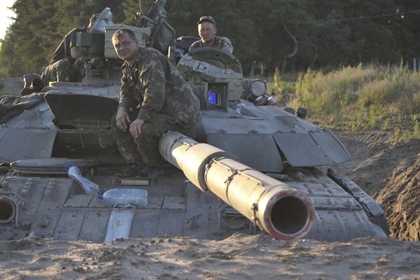 Stanisław Koziej: walki na Ukrainie toczą się na wielką skalę