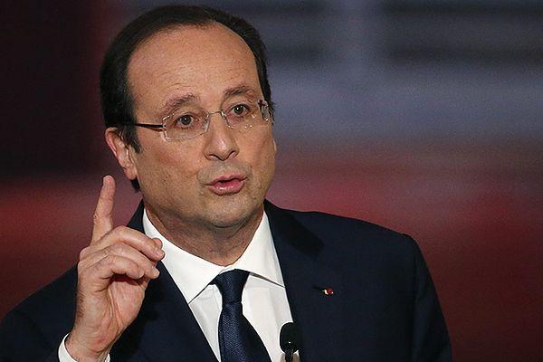 Hollande nie chce tłumaczyć się ze swego życia osobistego