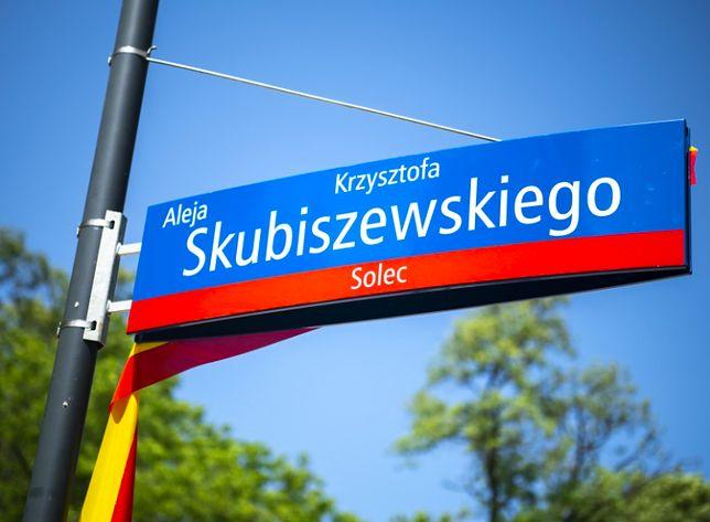 Warszawa. Imię Krzysztofa Skubiszewskiego, męża stanu, polityka, dyplomaty, nosi aleja w parku Tadeusza Mazowieckiego