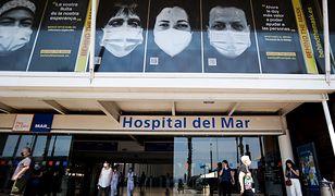 Dziesiątki tysięcy zakażeń. Hiszpanie walczą z wirusem