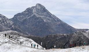 W nocy na szczytach Tatr będzie około -8 st. C.