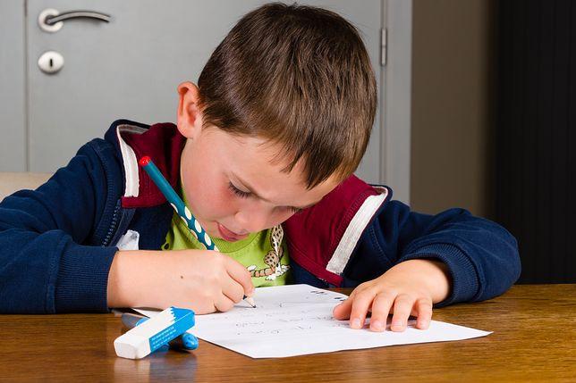 Uczniowie często proszą rodziców o pomoc