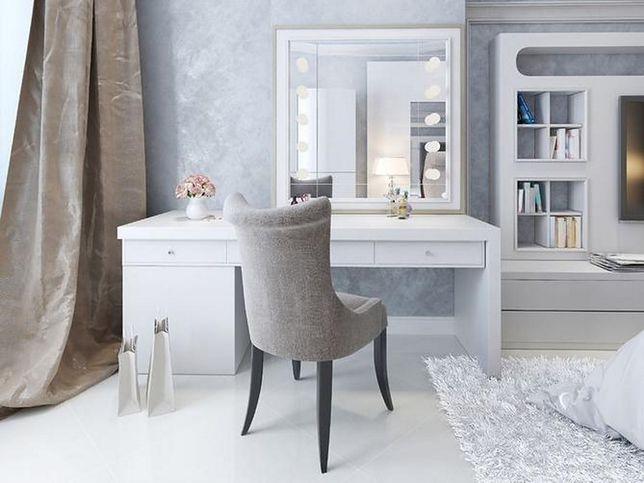 Elegancka toaletka może pełnić także funkcję biurka