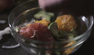 Sałatka z cytrusami i awokado. Niezwykłe połączenie smaków