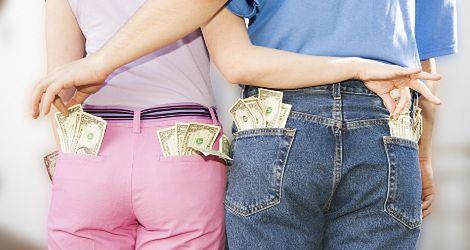 Czy okłamujesz swoją partnerkę w sprawach finansowych?