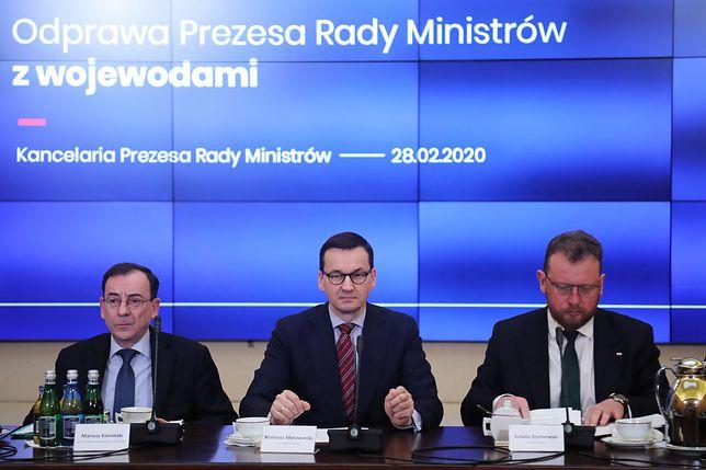 Mateusz Morawiecki poinformował, że z inicjatywy Łukasza Szumowskiego dojdzie do spotkania ministrów zdrowia UE
