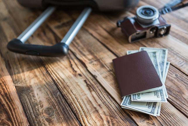 Kiedy kupować walutę na wakacje?