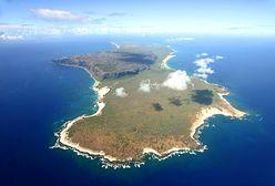 Po ataku na Pearl Harbor wylądował na terenie wroga i sterroryzował całą wyspę