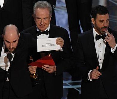 Warren Beatty podczas pamiętnego wręczania nagród