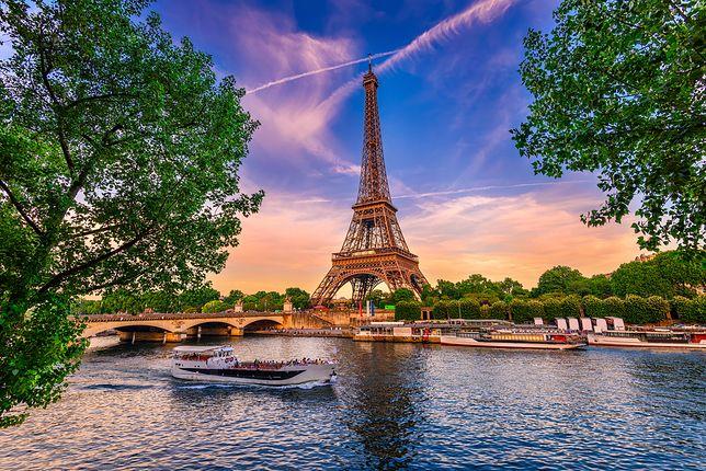 Rosyjscy turyści obrabowani pod Paryżem. Stracili milion euro
