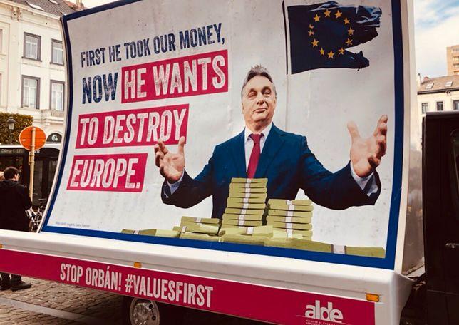 Billboard ma zawędrować nawet do Budapesztu