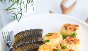 Kotleciki ziemniaczane z pieczonym łososiem
